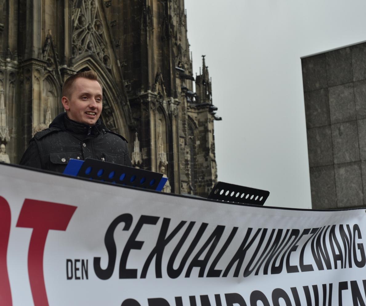 callboy in frankfurt der erste porno